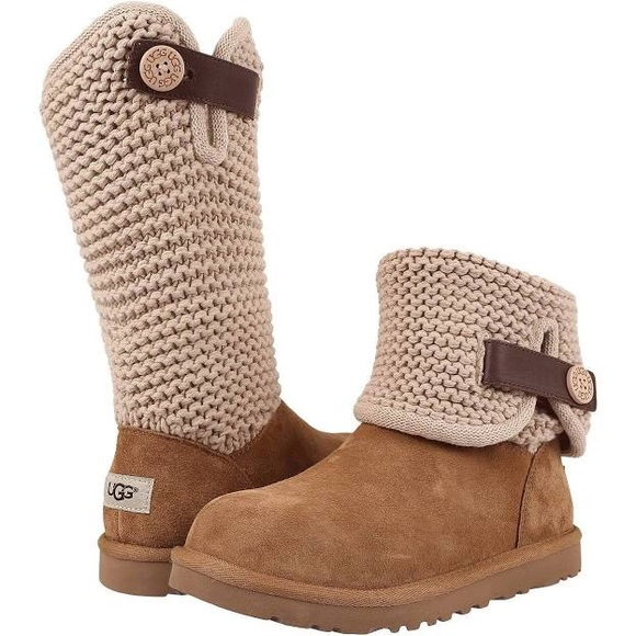 cef3e1f9d45 Ugg women's shaina knit short boot